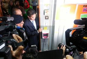 Azmin Ali mulakan tugas Menteri Besar