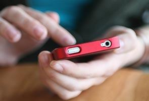 Allow only basic phones in schools - netizens