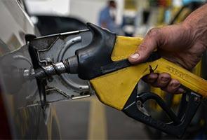 Harga RON95 diturunkan jika harga minyak mentah dunia ASD70-75 setong - Chua