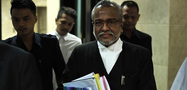 Lead prosecutor Tan Sri Muhammad Shafee Abdullah. - Astro AWANI/Shahir Omar
