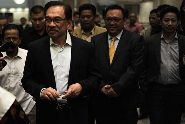 Anwar kini menjalani hukuman penjara lima tahun atas kesalahan meliwat bekas pembantu peribadinya pada 2008