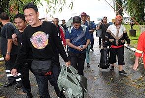 26 rescued, 27 others still stranded on Gunung Gagau