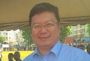 Dr Roland Chia tidak berhasrat lepas jawatan sebagai ADUN Inanam
