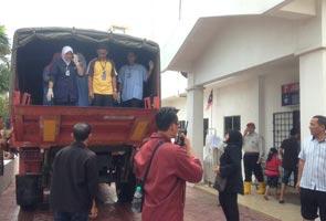 Banjir lumpuhkan Hospital Kota Bharu