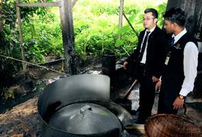 Najis tikus bertaburan, kilang bebola ikan di George Town diarah tutup