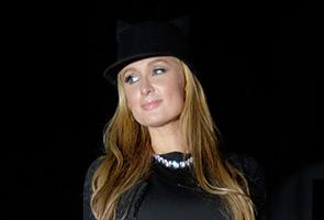Paris Hilton tiba di Malaysia buat pertama kali
