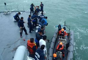 QZ8501: Dua lagi mayat mangsa tiba di Pangkalan Bun untuk tujuan pengecaman