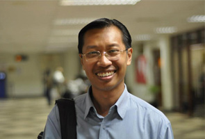 Pecat Pengarang Harakah tindakan kurang berakhlak - Paksi