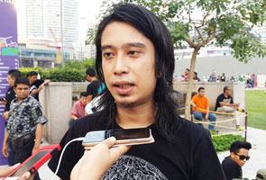 'Ini cara orang Malaysia berhimpun, ini bukan London' - Adam Adli