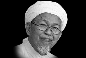 Mursyidul Am PAS Nik Aziz Nik Mat meninggal dunia