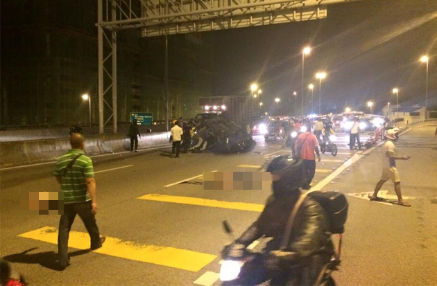 Kemalangan maut di Lebuhraya DUKE - Foto Facebook Shafiq Rosli