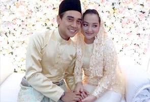 Penyampai berita Astro AWANI Ashwad Ismail, Raja Nadia selamat bernikah