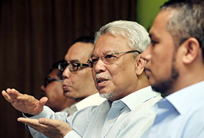 Kabinet lantik Datuk Seri Ahmad Husni Hanadzlah jurucakap isu 1MDB