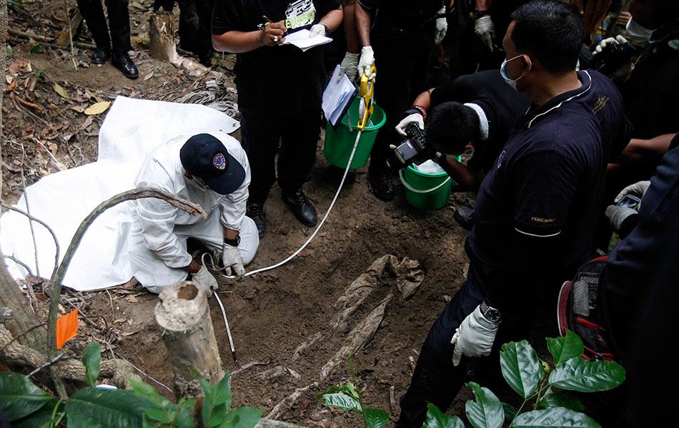 migrant crisis, graves, trafficking, Padang Besar, Malaysia