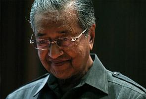 Tun M: ASEAN should hold emergency meeting to condemn Myanmar