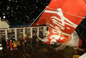 QZ8501: 10 families sue AirAsia, Airbus
