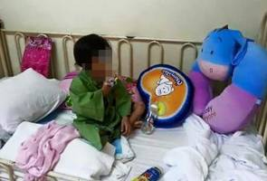 Dera anak: Bapa, ibu tiri ditahan reman