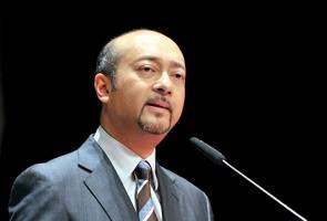 Mukhriz denies father mastermind behind 1MDB controversy