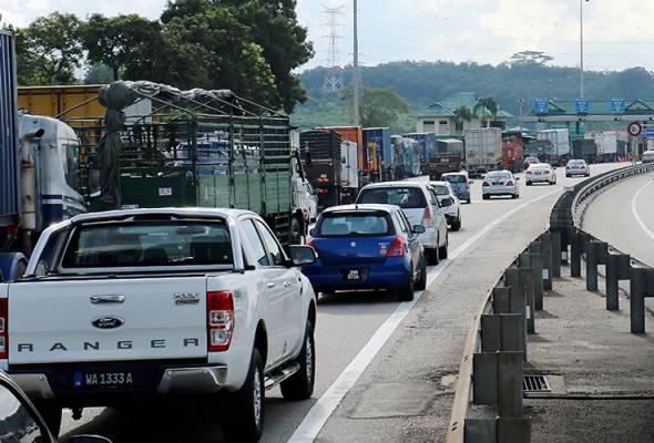 Aliran trafik Lebuhraya Utara-Selatan mulai sibuk
