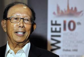 Letak jawatan, bercuti atau kekal pegang jawatan, seru Musa Hitam kepada Najib