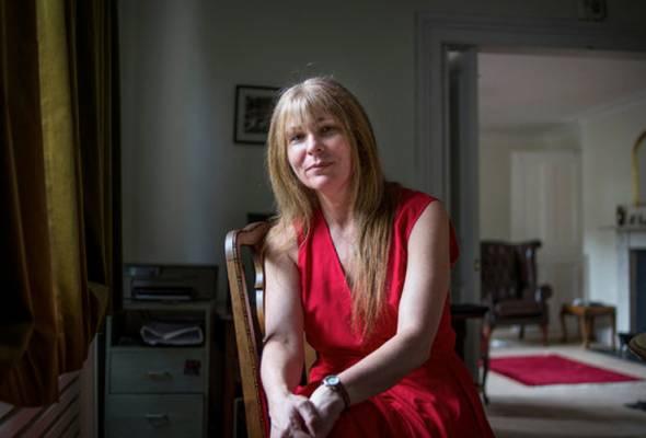 Waran tangkap untuk Clare Rewcastle Brown - Polis