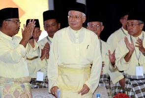 1MDB bukan isu utama UMNO, Najib tak akan letak jawatan presiden parti