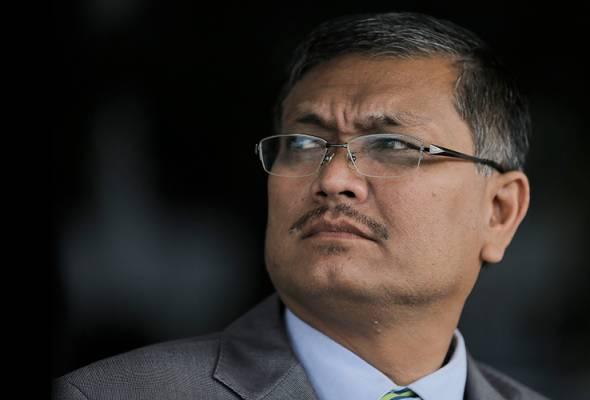Muhyiddin dan Mukhriz dicabar menyatakan pendapat sama dengan Pengerusi PPBM Dr Mahathir dalam isu DAP.