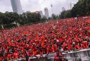 Red Shirts rally: Taylor's terminate the contract with Wawasan Sutera