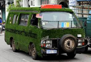 German couple's 'grass van' amuses Penangites