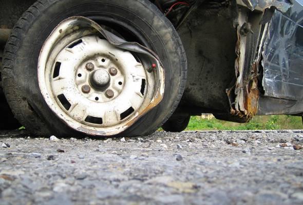 Enam penumpang cedera bas terbabas di Lebuhraya Utara-Selatan