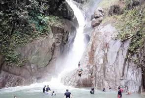 14 terperangkap insiden kepala air di Sungai Chiling - Bomba