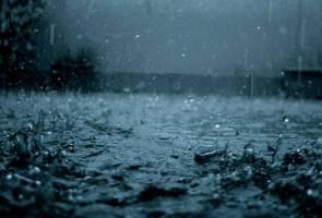 Lapan kawasan di Selangor terjejas akibat banjir kilat - Bomba