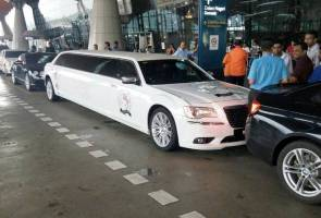 Rajinikanth's limo not hijacked, we paid RM2,500 for it, servicing company clarifies
