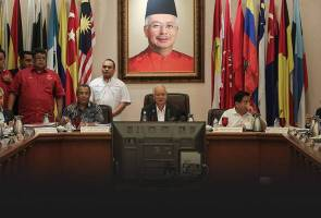 MT UMNO: Tolak 1, tolak 7 atau tolak ansur?