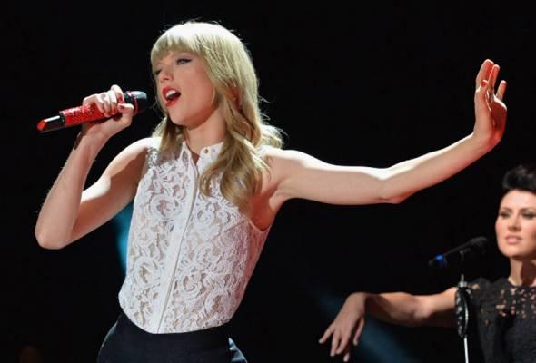 'Selamat Hari Jadi' Taylor Swift
