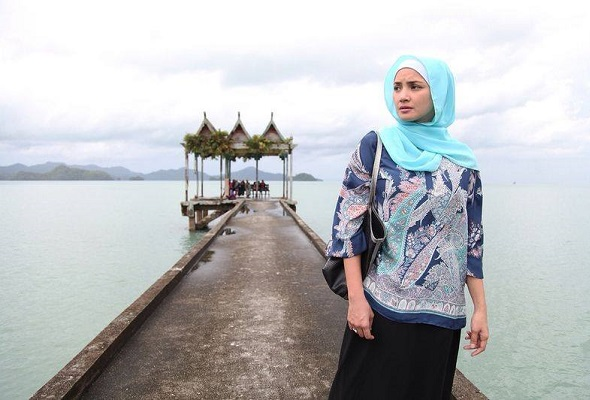 Langit Cinta arahan Osman Ali, filem untuk anda yang dilamun cinta atau sedang tercari-cari erti kasih sejati. Di pawagam mulai 7 Januari.