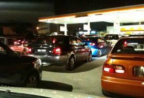 Harga minyak Oktober: RON95, RON97 naik 10 sen, diesel 5 sen