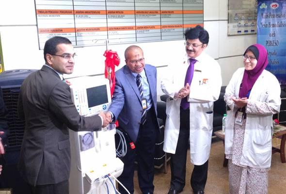 Dengan penambahan empat mesin hemodialisis itu, ia mampu menambah 24 lagi pesakit baru yang masih menunggu untuk mendapatkan rawatan.