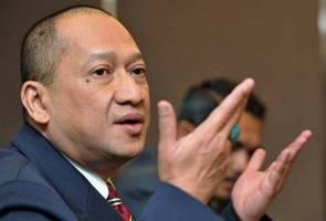 Bentuk parti baharu bukti parti pembangkang tidak terima Tun M, kata Nazri Aziz
