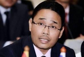 Isu seleweng RM100 juta: 'Apa relevan suruh Khairy letak jawatan?' - Azwan Bro