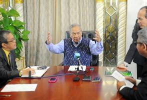 Ketua Menteri Sarawak, Adenan Satem berkongsi pengalaman mengenai kematian dan takdir tuhan