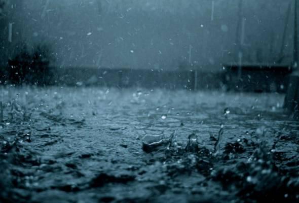 Hujan mula turun di Sumatera, Kalimantan