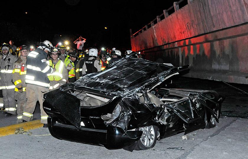 Sekurang-kurangnya 28 terbunuh dalam kejadian gempa bumi kuat 7.8 magnitud . - Foto AFP