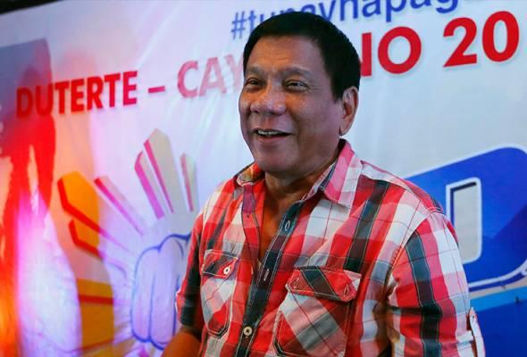 Rodrigo Duterte diramal menang besar pemilihan presiden Filipina