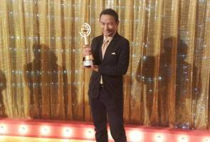 Astro AWANI bags two more trophies at Seri Angkasa Award 2016