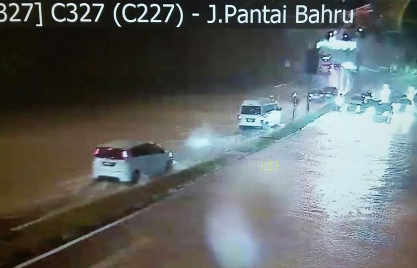 JJalan Bangsar, Jalan Semantan, Jalan Pantai Baharu dan Jalan Pudu. - Foto BERNAMA