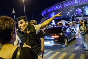 LIVE UPDATE: Suicide attack at Istanbul airport