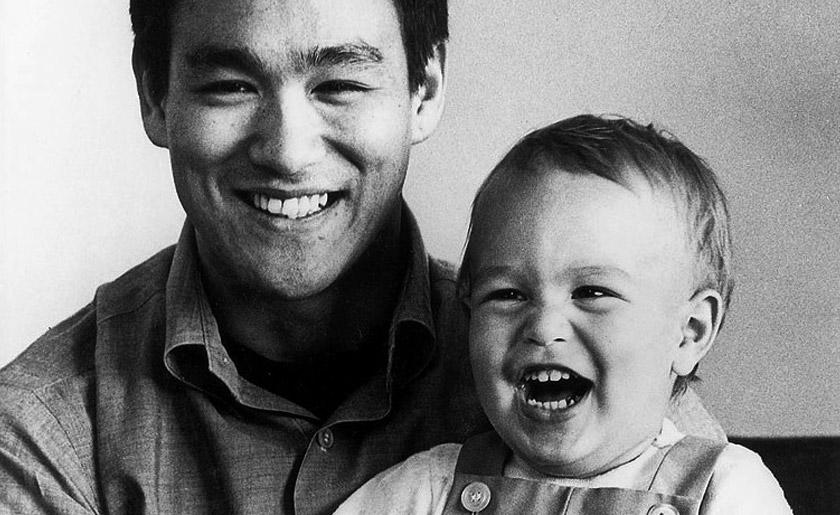 Bruce dan Brandon Lee, anak beranak yang temui ajal dengan cara berbeza.