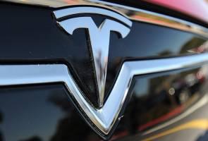 Tesla driver killed on 'autopilot' mode