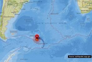 7.4-magnitude quake shakes southern Atlantic Ocean: USGS